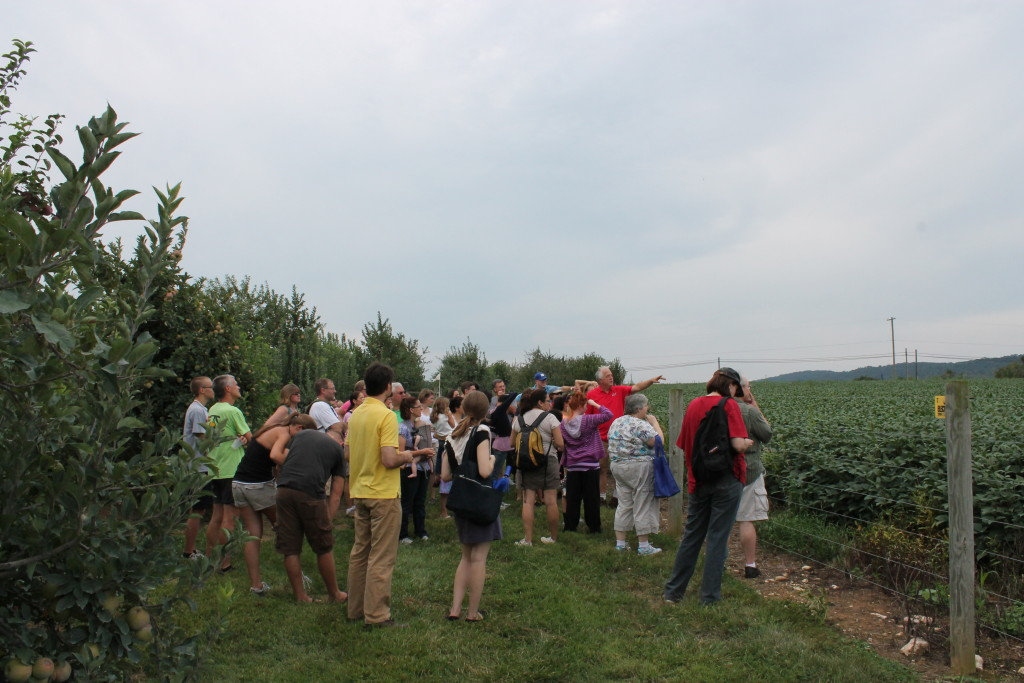 tour the apple farm and cidery